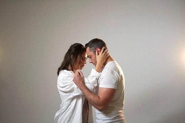 Tiziano Ferro ft Carmen Consoli Il conforto, un successo lento dopo il video ufficiale